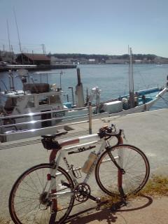 漁船見ながら小休止