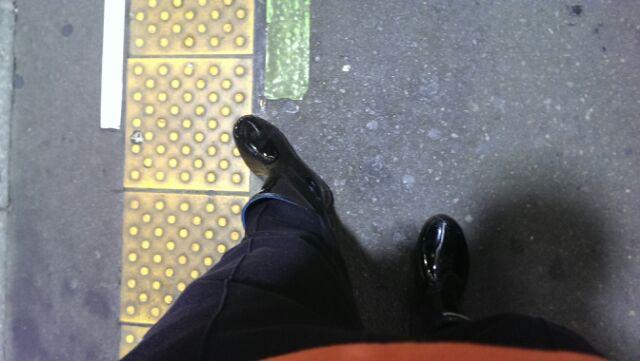 今日の出勤靴は