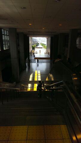 センター北駅です